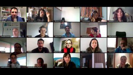 Público mirando una conferencia en Marketers online